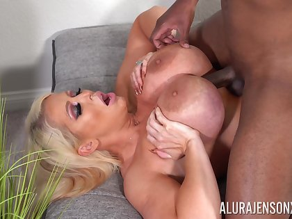 Exclusive mature porn with Alura Jenson