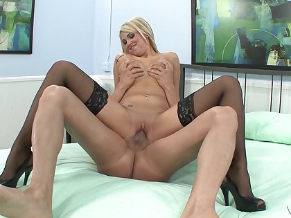 Milf gets the dick in all possible ways