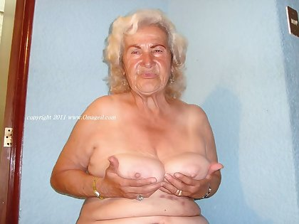 OmaGeiL At ease Sexy Amateur Granny Pictures