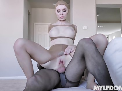 Pantyhose full good-luck piece porn with the mature mistress