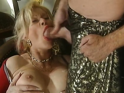 Great blowjob foreigner eradicate affect mature prexy blonde