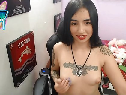 Tattoed girl solo self-pollution on webcam